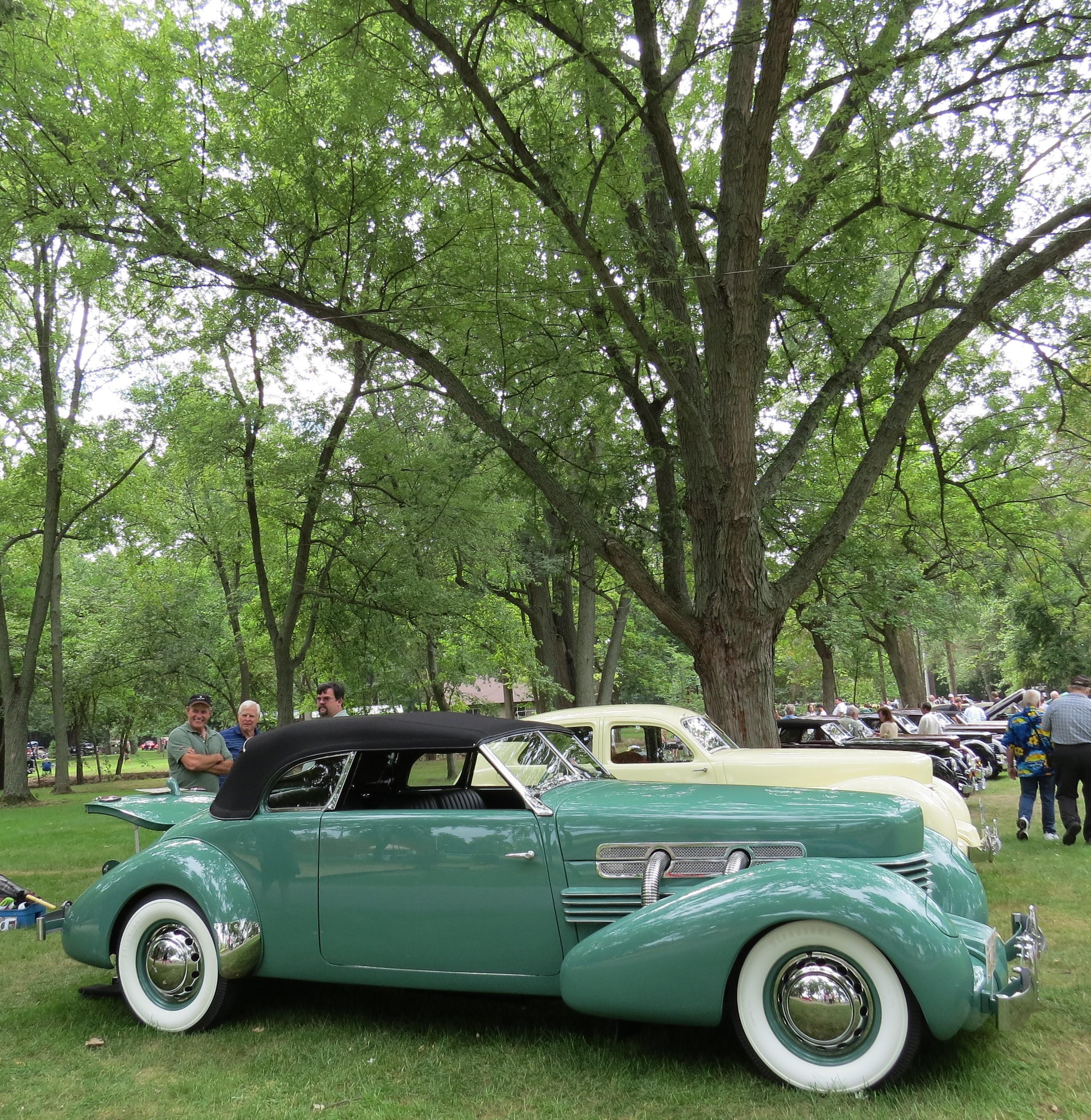 Day 138 Old Auburn. Old Cars